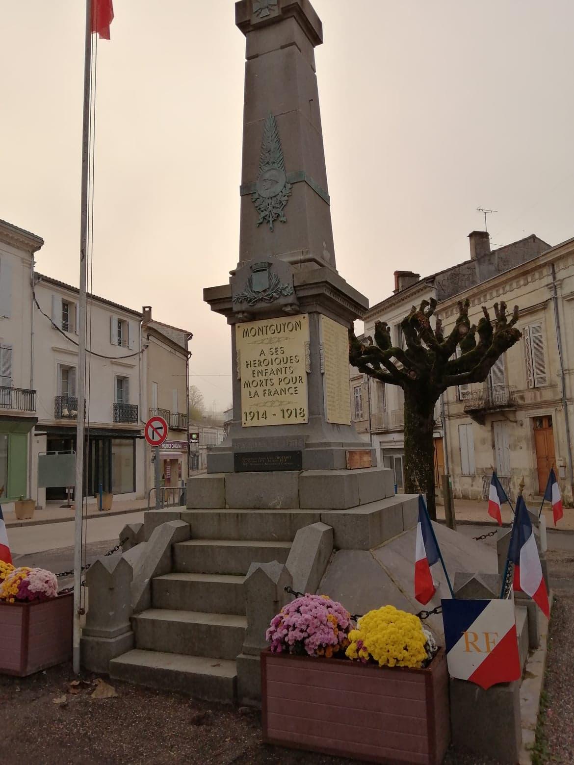 Monument aux morts Montguyon