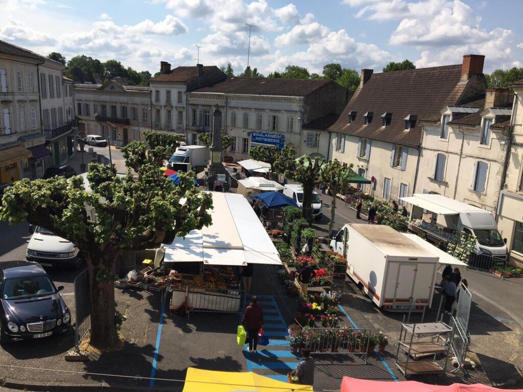 Marché de Montguyon